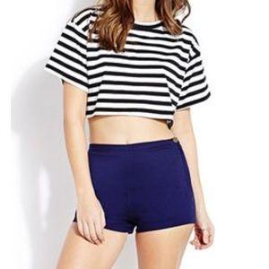 👀High waisted shorts